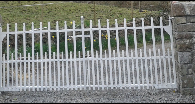 Ireland S Leading Supplier Of Traditional Riveted Gates
